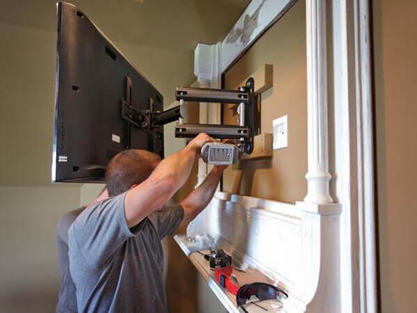 tv wall bracket installation